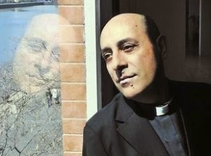"Archbishop Victor ""Heal Me With Your Mouth"" Manuel Fernandez"